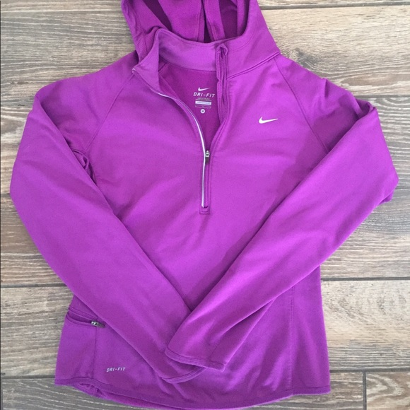 e608dd52c624 Nike Dri Fit 1 2 ZIP Pullover Purple Size Medium. M 5ae347fb85e605c2affc1eab